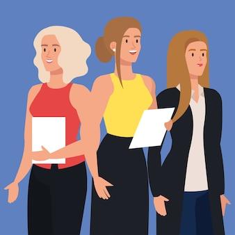 Gruppe eleganter geschäftsfrauen zusammen mit dokumenten