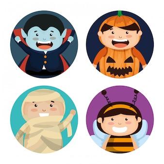 Gruppe kinder oben gekleidet in halloween