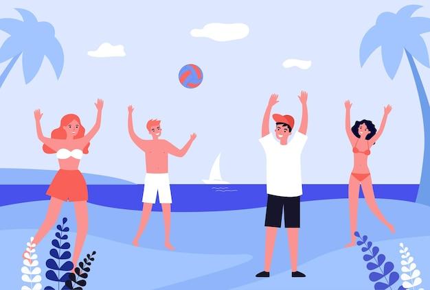 Gruppe von freunden, die mit ball am strand spielen. leute in badeanzügen auf flacher vektorillustration der küste. sommer, urlaub, outdoor-aktivitätskonzept für banner, website-design oder landing page