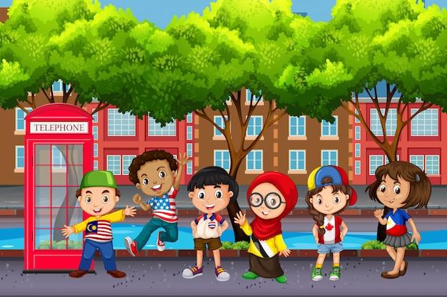 Gruppe von kindern aus verschiedenen kulturen