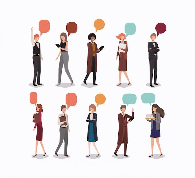 Gruppe von menschen mit sprechblase
