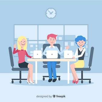 Gruppe von personen, die im büro arbeitet