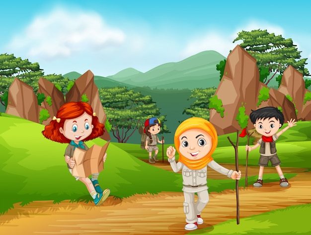 Gruppe von pfadfinderwandern