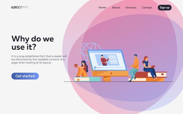 Gruppe von studenten, die ein online-webinar ansehen