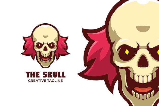Gruseliger clown halloween maskottchen logo charakter