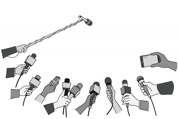 Hände mit verschiedenen mikrofonen