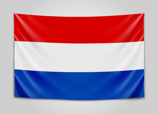 Hängende flagge der niederlande. niederlande. holland