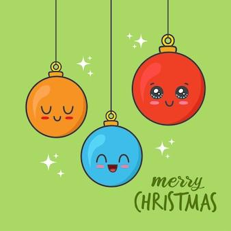 Hängende weihnachtskugeln lokalisiert auf grün