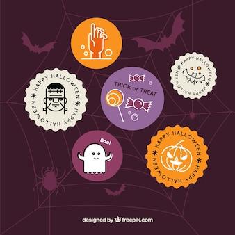 Halloween-abzeichen mit lustigem stil