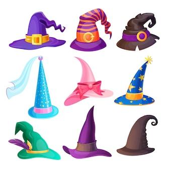 Halloween-hüte isoliert eingestellt mit karikaturkappen der hexe