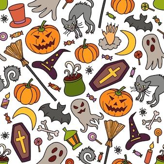 Halloween nahtloses muster mit kürbis, geist und hexenhut im doodle-stil