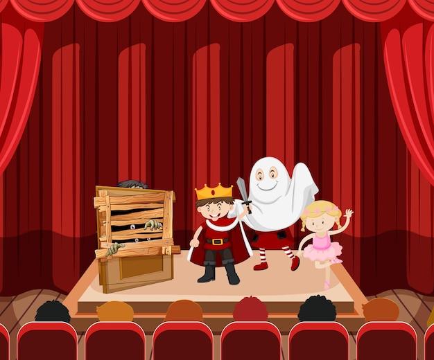 Halloween-thema mit kindern auf der bühne
