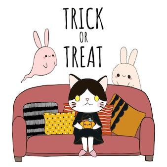 Halloween. trick oder leckerei mit der katze, die auf sofa sitzt.