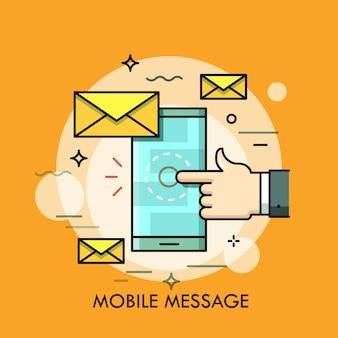Hand, die smartphonebildschirm mit neuer nachricht dünne linie illustration berührt