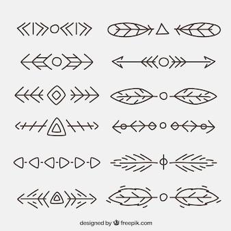 Hand gezeichnet ethnische formen gesetzt