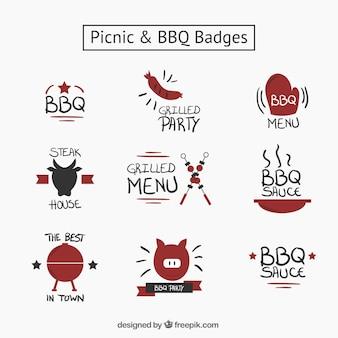Hand gezeichnet schönes picknick und grill abzeichen