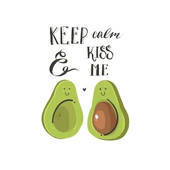 Hand gezeichnete abstrakte karikatur happy valentines day konzept illustrationen karte mit avocado-paar und handgeschriebenen modernen tinte kalligraphie text halten sie ruhig und küssen sie mich auf weißem hintergrund