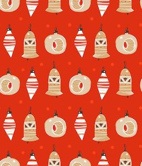 Hand gezeichnete abstrakte spaß frohe weihnachten zeit cartoon illustration nahtlose muster mit weihnachtsbaum spielzeug auf rotem hintergrund.