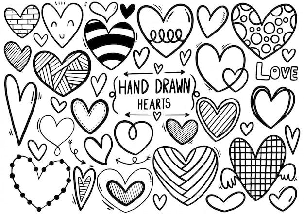 Hand gezeichnete gekritzelherzen