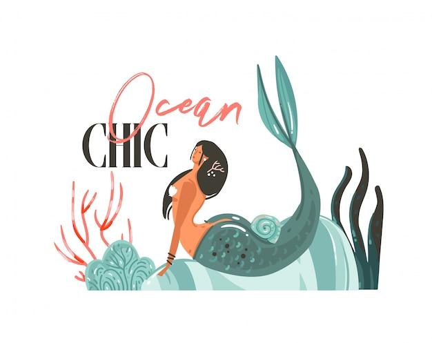 Hand gezeichnete grafische illustrationen der sommerzeit der karikatur mit meerjungfrauenmädchen, algen am strand und moderner typografie ocean chic isoliert
