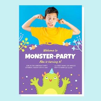 Hand gezeichnete monstergeburtstagseinladungsschablone mit foto