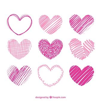 Hand gezeichnete rosa herzen packen