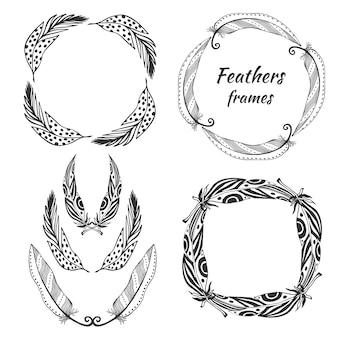 Hand gezeichnete stilisierte vektorrahmensammlung mit federn. satz der ethnischen stammes- federdekoration.