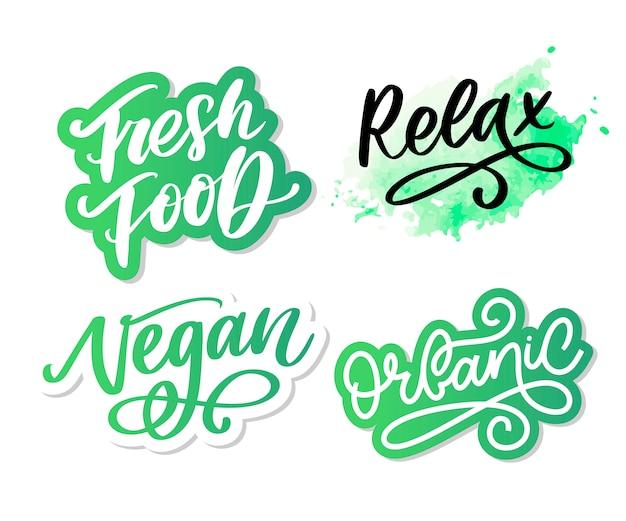 Hand gezeichnete typografie-beschriftungsphrase entspannen sie sich auf dem weißen hintergrund. unterhaltsame kalligraphie für gruß- und einladungskarten- oder t-shirt-druck.