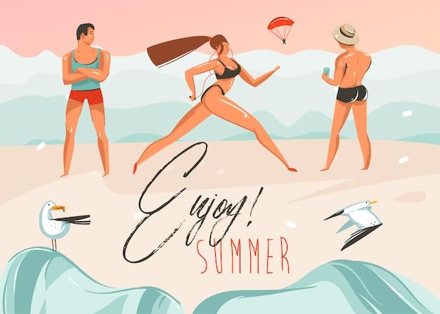 Hand gezeichnete waschbärsommerzeitillustrationen kunstschablonenhintergrund mit strandlandschaft, rosa sonnenuntergang, jungen und laufendes mädchen auf strandszene mit genießen sie sommer-typografie-zitat