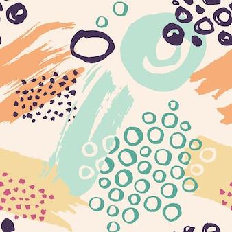 Hand gezeichnetes buntes nahtloses muster gemacht mit tinte. vektorabstrakter hintergrund mit bürstenanschlägen