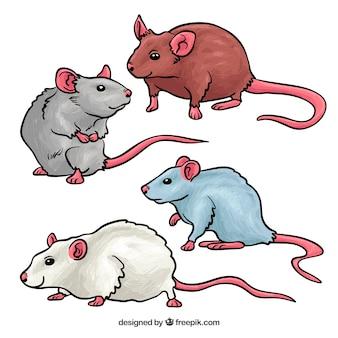 Hand gezeichnetes mäusepaket von vier