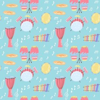 Hand gezeichnetes musikalisches nahtloses muster mit trommeln