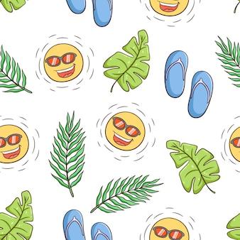 Hand gezeichnetes sommerthema mit niedlichem sonnencharakter, monstera-blättern und palmblättern im nahtlosen muster