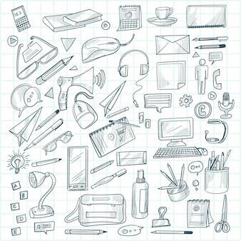 Hand zeichnen technologie skizze symbol doodle set design