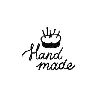 Handgemachtes symbol oder logo. vintage stempelikone mit handgemachter beschriftung und nadelkissen. weinleseillustration für fahne und etikett