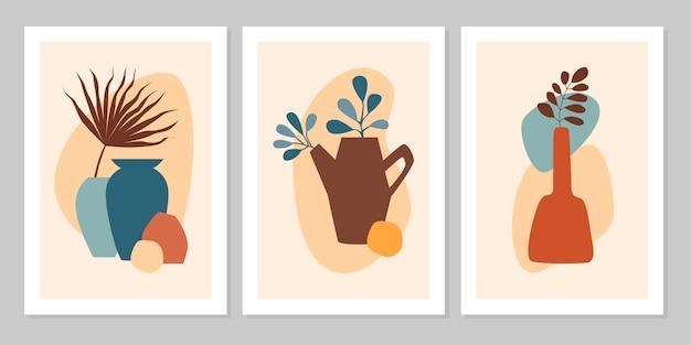 Handgezeichnetes abstraktes boho-poster mit tropischem blatt, farbvase und form einzeln auf beigem hintergrund. flache vektorgrafik. design für muster, logo, poster, einladung, grußkarte