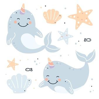 Handgezeichnetes kindliches set mit narwalen, seesternen und muscheln