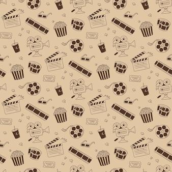 Handgezeichnetes kino nahtlose muster mit filmkamera, klappbrett, kinorolle und klebeband, popcorn in gestreifter schachtel, filmticket und 3d-brille. vektor-illustration im doodle-stil auf sepia-hintergrund