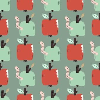 Handgezeichnetes nahtloses muster mit äpfeln und würmern. entzückender wiederholter hintergrund für textilien, tapeten, scrapbooking, stoffe und drucke.