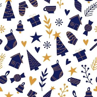 Handgezeichnetes nahtloses muster mit weihnachtselementen in blau und gold auf weißem hintergrund. muster für verpackung, stoff