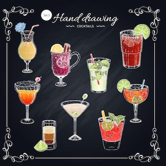 Handgezeichnetes set der farbigen cocktails