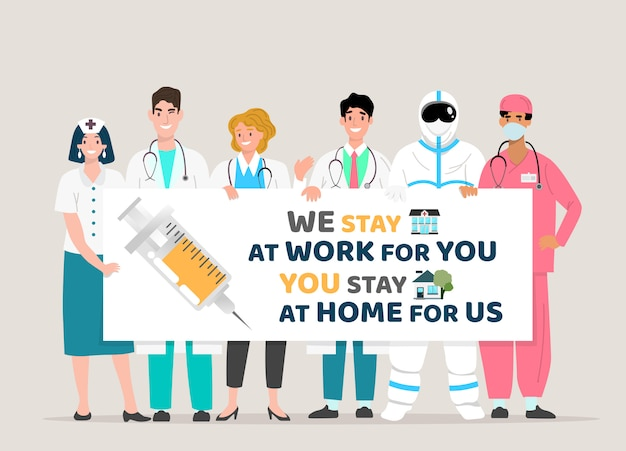 Happy doctor team holding board, zitiert covid-19. wir bleiben für sie bei der arbeit. sie bleiben für uns zu hause. ausbruch des covid-19-corona-virus.