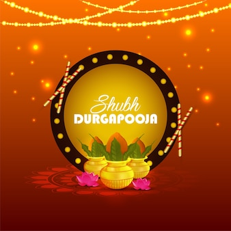 Happy durga puja festival feier mit illustration und dandiya mit kalash.