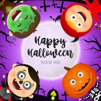 Happy halloween schriftzug, kinder tragen monster kostüme