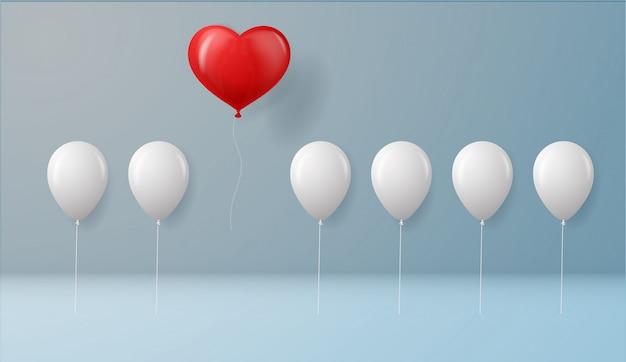 Heben sie sich von der masse und dem anderen konzept ab. ein roter herzballon fliegt von anderen weißen ballons an der wand hintergrund mit schatten. erfolgskonzept