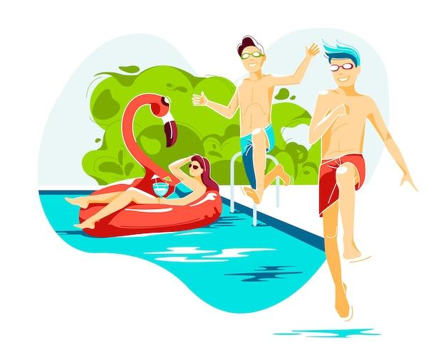 Heiße sommerpool-außenszene mit entspannender schwimmender frau und zwei jungen, die ins wasser springen