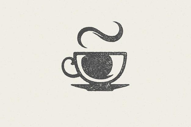 Heißes aromatisches getränk der silhouette-tasse mit einem hauch von dampf als kaffeehauslogo