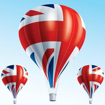 Heißluftballons gemalt als flagge großbritanniens