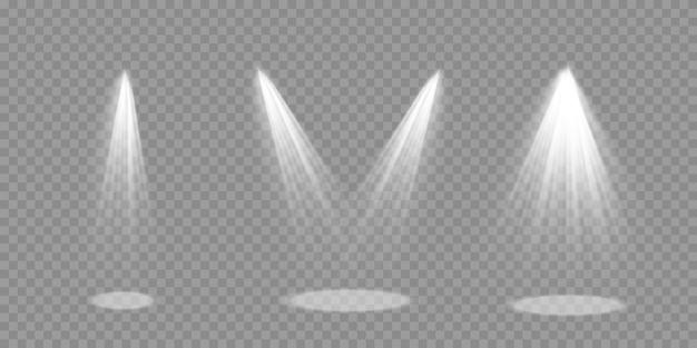Helle beleuchtung mit scheinwerfern, sammlung von bühnenlichtscheinwerfern, projektorlichteffekten, szene, scheinwerfer isoliert, bühnenbeleuchtung große sammlung, vektor.