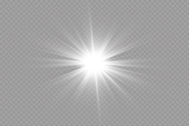 Helle sonne platzte leuchtender stern sonnenstrahlen isolierten transparenten hintergrund.